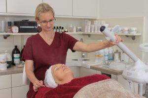 Gesichtsbehandlung: Vapozon